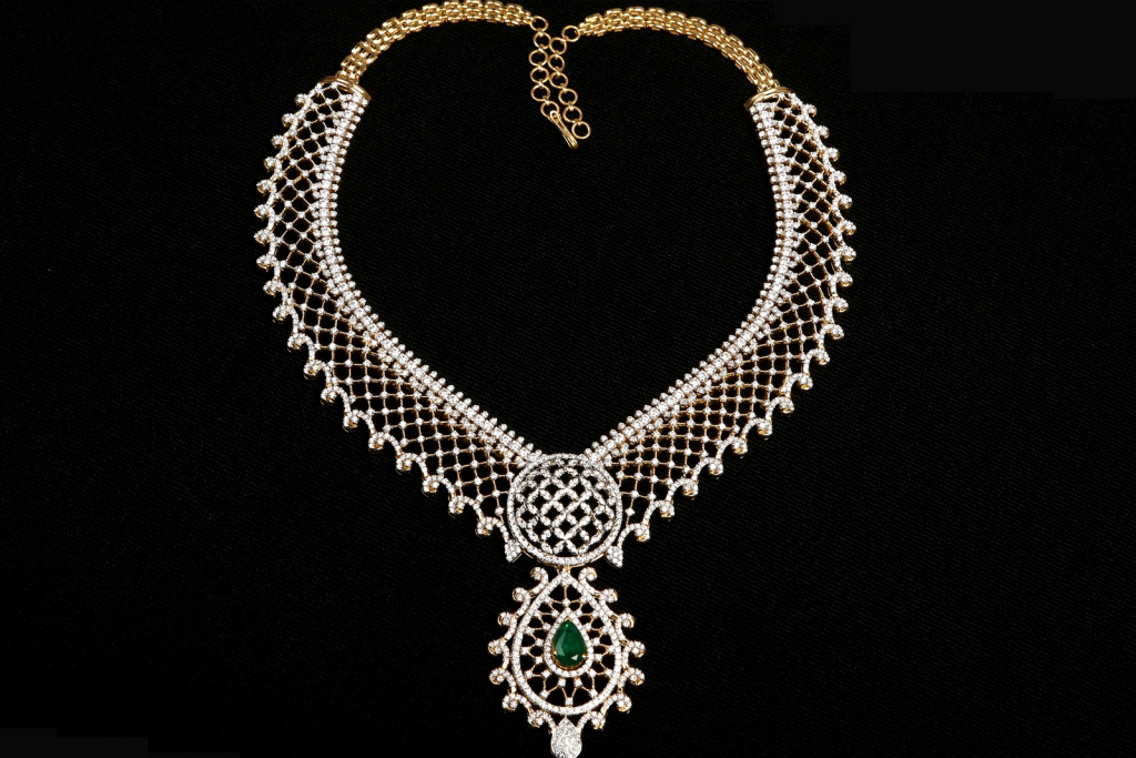 Diamond Necklaces Designs and Collections,Wedding Diamond Jewellery Collections